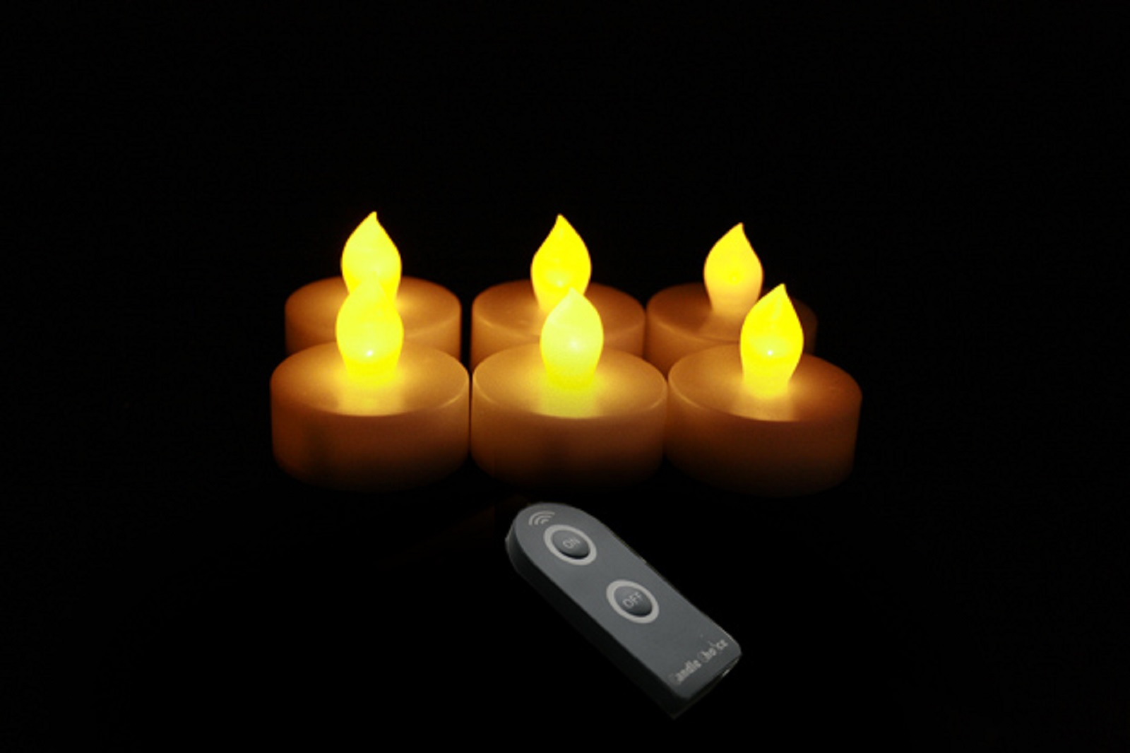 Set of 6 Remote Controlled Flameless LED Tealight Candles - White